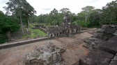 kamboçyalı : baphuon temple in angkor, siem reap, cambodia Stok Video