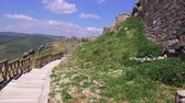égei : Pergamon, spring flowering on the ruins of the ancient city, Turkey, Bergama, 4K video