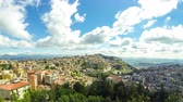 sicílie : Aerial view of Enna old town, Sicily, Italy. Enna is a city and comune located at the center of Sicily. At 931 m above sea level, Enna is the highest Italian provincial capital. Time Lapse. 4K UltraHD