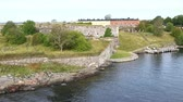 bastião : Bastions of finnish fortress Suomenlinna (or sweeden name Sveaborg) at the coast of Baltic sea near Helsinki city, Finland. FullHD video