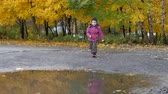 travessura : The time of year, Autumn. Children playing in the nature