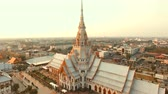 mármore : aerial view of wat sothorn temple in chachengsao province eastern of thailand important buddhist religion church landmark in thailand Vídeos
