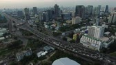 desenvolver : aerial view of bangkok skyscraper and express way ,traffic transportation
