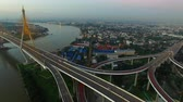 suspensão : aerial view of bhumibol bridge bangkok thailand Vídeos