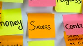 eksi : Sticker with the words success on a board Stok Video