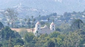 misja : Beautiful old mission church at Santa Barbara