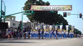karneval : Temple City, am 24. Februar: Spartans-Blaskapelleistung der berühmten 74. Kamelien-Festival-Parade am 24. Februar 2018 bei Temple City, Los Angeles County, Kalifornien Stock Footage