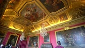 tarihi : France, MAY 7: Interior view of the famous Palace of Versailles on MAY 7, 2018 at Paris, France Stok Video