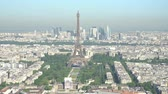 eiffla : Morning aerial footage of the famous Eiffel Tower and downtown citypscape at France Wideo
