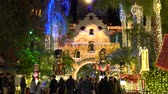 mise : River Side, DEC 9: The famous light up event of Mission Inn on DEC 9, 2018 at River Side, Los Angeles County, California Dostupné videozáznamy