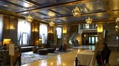 yukarıya bakıyor : Quebec, OCT 1: Interior view of the famous Fairmont Le Château Frontenac on OCT 1, 2018 at Quebec, Canada Stok Video