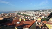 見落とす : Aerial view of the Nice downtown cityscape from Castle Hill at France