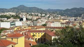 francouzština : Aerial view of the Nice downtown cityscape from Castle Hill at France