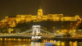 škůdce : Twilight to night time lapse of the famous Széchenyi Chain Bridge at Budapest, Hungary