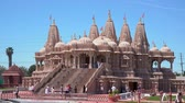 chino : Chino Hills, MAR 31: Exterior view of the famous BAPS Shri Swaminarayan Mandir on MAR 31, 2019 at Chino Hilss, California Archivo de Video