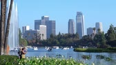 centro da cidade : Los Angeles, JUL 13: Afternoon view of the famous Los Angeles downtown skyline in Echo Park in Echo Park on JUL 13, 2019 at Los Angeles, California