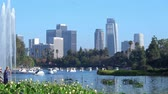 Los Angeles, am 13. Juli: Nachmittagsansicht der berühmten im Stadtzentrum gelegenen Skyline Los Angeles in Echo Park in Echo Park am 13. Juli 2019 in Los Angeles, Kalifornien