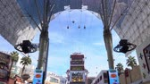опыт : Las Vegas, Jan 25: Afternoon view of the Zip Line of the famous Fremont Street on JAN 25, 2020 at Las Vegas, Nevada