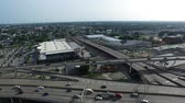 коммутирующих : Aerial view of the pontchartrain expressway looking towards lakeview in New Orleans Стоковые видеозаписи