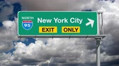 dálnice : New York City Interstate 95 Exit Only Sign with Time Lapse Clouds