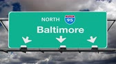 дорожный знак : Baltimore Interstate 95 Overhead Highway Sign with Time Lapse Clouds