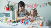 paskalya : Mother and Daughter Coloring Wooden Easter Bunny