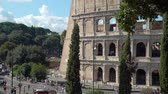 coliseu : Rome, Italy - October 5, 2019: Colosseum or Coliseum is a Landmark and One of the Best Known Monuments of Italy. Concept of Holidays, Vacations and Travel in Europe