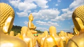 bem aventurado : Many Buddha with cloud flowing in Thailand
