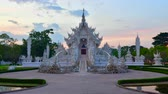 nativo : 4K time lapse video of Rong Khun temple with evening light, Thailand.