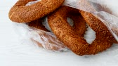 simit : Sesame bagels, pretzels fresh and crispy Turkey.