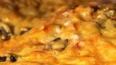 mussarela : Cheese on pizza melts from oven heat. Baking, Time Lapse 4k