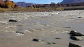 旅游 : Colorado River in Rocky Rapid- Utah