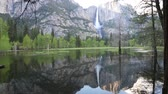 erodált : Reflection in Merced River, Yosemite NP