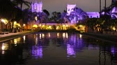 scenérie : Night reflection in Balboa Park, San Diego