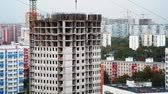 blok mieszkalny : View of high rise being built in big city
