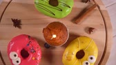 кинозвезды : Three fun colorful donuts with faces