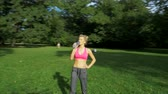 fitness : Pretty young jogger in the park