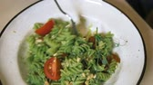 facile : fashionable design food. vegetarian pasta with green sauce and cashew nuts