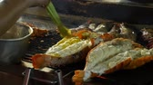cultura thai : Grilling lobsters