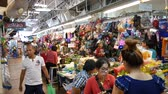 satıcı : Chiang Mai, Thailand-October 4, 2015: View of a famous market, Warorot Market in Chiang Mai, Thailand Stok Video