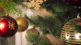 bombki : Closeup 4k video of camera slowly moving inside of decorated Christmas tree Wideo
