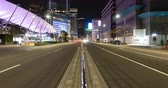 подопечный : Traffic in the Central Tokyo at Night (tilt up)