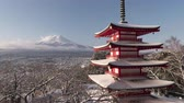 till : Mt. Fuji over the Chureito Pagoda in Winter (night to morning time lapse)