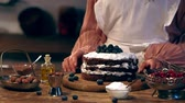 recept : cooked cake with blueberries