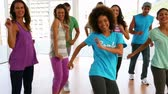 odchudzanie : Zumba class dancing in studio at the gym Wideo