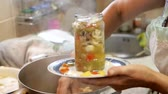 przetwory : preserving vegetables for the winter Wideo