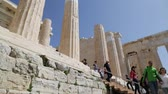 colunas : in athene greece the antique acropolis temple and classical history ruins