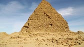 낙타 : in africa sudan napata karima the antique pyramids of the black pharaohs in the middle of the desert