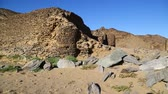 шахта : in africa sudan berenice the antique temple of the black pharaohs in the middle of the desert Стоковые видеозаписи