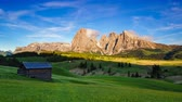 dolomiti : 4K Timelapse Mountain Langkofel at sunset view from Seiser Alm, Dolomites, Italy Stock Footage